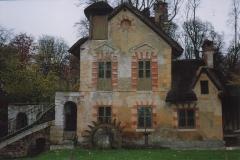 VERSAILLES Château Hameau de la Reine Moulin (1)-min