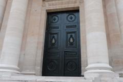 PARIS Eglise du Val de Grâce Portail (6)