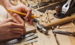 Les ateliers AUBERT-LABANSAT recherchent des menuisiers d'atelier et de pose, des charpentiers, …